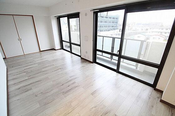 中古マンション-調布市下石原3丁目 居間