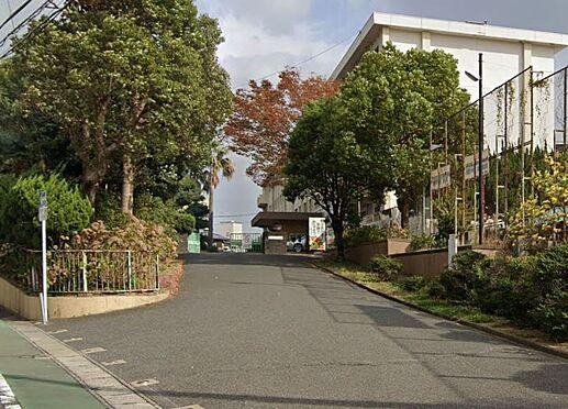 区分マンション-北九州市小倉北区井堀2丁目 北九州市立板櫃中学校。919m。徒歩12分。