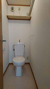 アパート-神戸市灘区大石東町6丁目 換気扇はもちろん、左側に小窓もあります。