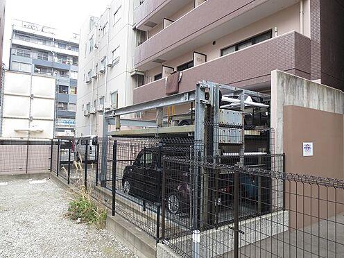 マンション(建物一部)-福岡市博多区博多駅前3丁目 裏側から見た駐車場。