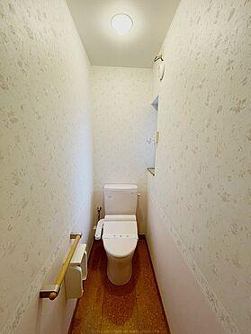 戸建賃貸-浦安市舞浜3丁目 窓付きのトイレ。2011年12月交換。
