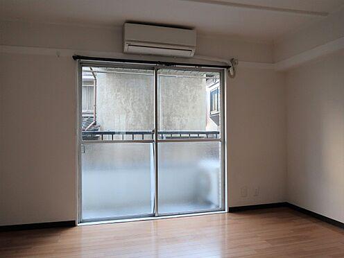 中古マンション-新宿区新宿7丁目 バルコニー側洋室