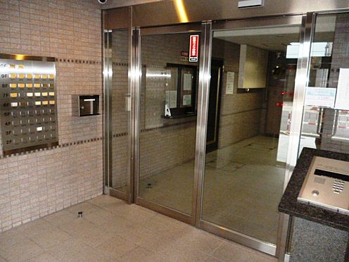 マンション(建物一部)-大阪市西区本田4丁目 清潔感のあるエントランス