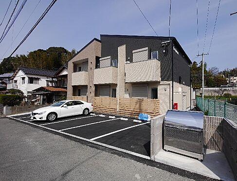アパート-北九州市八幡西区上上津役2丁目 築浅アパート、満室です。駐車場スペース6台分あります。