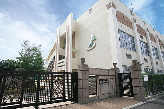 区分マンション-名古屋市西区鳥見町3丁目 名塚中学校 徒歩約7分