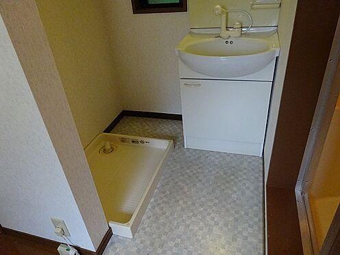 アパート-宇都宮市山本3丁目 室内洗濯置場と、洗髪洗面化粧台は標準装備です。
