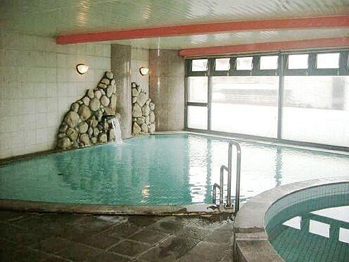 中古マンション-熱海市海光町 共用施設のご紹介。熱海らしく「温泉大浴場」あり。広い空間です。