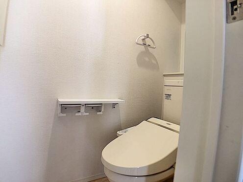 戸建賃貸-名古屋市北区如来町 節水型でエコなトイレ。換気用に換気扇はもちろん、窓も着いているので常に快適ですね♪