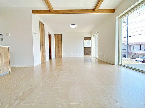 戸建賃貸-多摩市聖ヶ丘3丁目 床暖房がありますので、冬でもポカポカの環境で食事が楽しめる空間です。