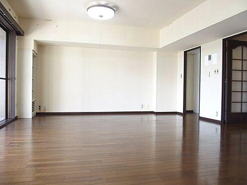 中古マンション-八王子市別所2丁目 リビングダイニング約15.7帖