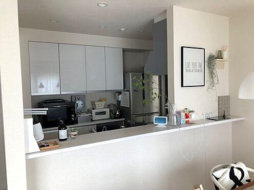 戸建賃貸-八王子市鑓水2丁目 ご家族の会話も弾むオープンキッチン