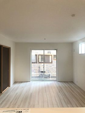 新築一戸建て-加須市南町 居間