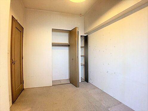 中古マンション-名古屋市守山区緑ヶ丘 ちょっとした小物も収納できるお部屋です。