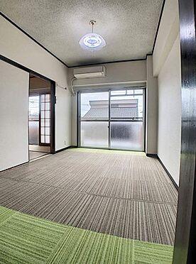 区分マンション-名古屋市中川区五女子1丁目 南向きの洋室。寒い日でも日差しが感じられるあたたかなお部屋です!