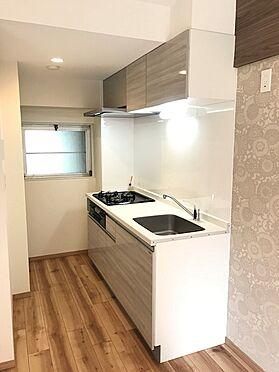 中古マンション-草加市稲荷6丁目 食洗機付きシステムキッチンです
