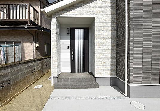 新築一戸建て-仙台市太白区袋原2丁目 玄関