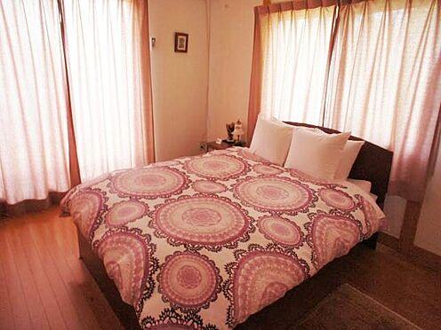 中古一戸建て-北佐久郡軽井沢町大字長倉 ピンクを基調としたお部屋にしても良いですね。