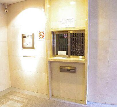 マンション(建物一部)-大阪市中央区上本町西2丁目 防犯性にも配慮した共用部
