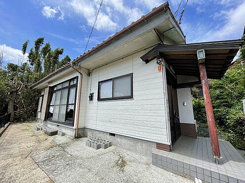 戸建賃貸-横須賀市上町4丁目 【外観】 これから外壁塗装に入ります。趣のある日本家屋!