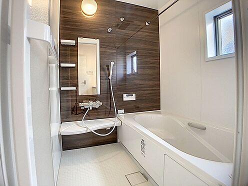 新築一戸建て-名古屋市名東区梅森坂3丁目 浴室換気乾燥機付きで雨の日の洗濯物も安心です。