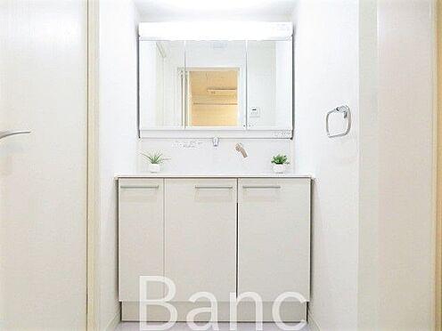 中古マンション-江戸川区松江2丁目 洗面化粧台 お気軽にお問合せくださいませ。