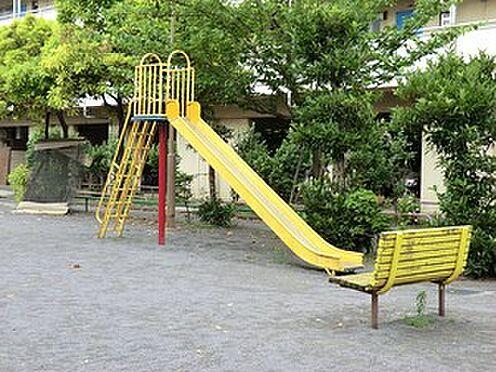 マンション(建物全部)-大田区本羽田2丁目 周辺環境:三棟児童公園
