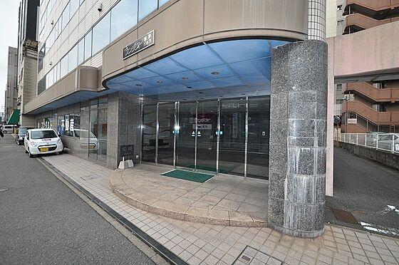 ビル(建物全部)-北九州市小倉北区浅野2丁目 石張りでしっかりとした雰囲気の入口