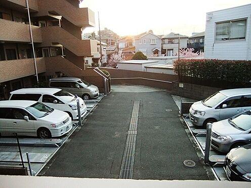 マンション(建物一部)-藤沢市石川2丁目 駐車場