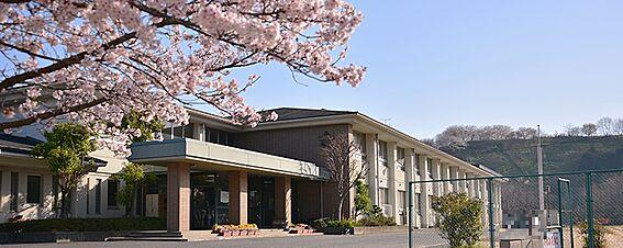 戸建賃貸-桜井市安倍木材団地1丁目 桜井中学校 徒歩 約30分(約2400m)