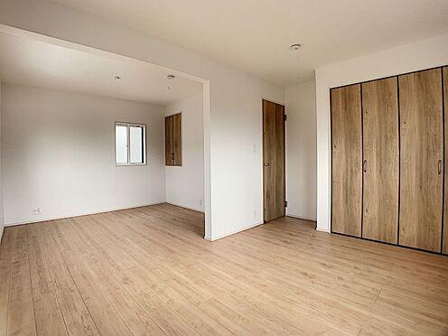 新築一戸建て-豊田市朝日町1丁目 6.75帖の洋室にはテレワークや勉強のスペースになるカウンターございます♪(こちらは施工事例です)