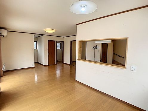 戸建賃貸-西尾市山下町西八幡山 開放感に満たされる微笑みたくなる居心地の良さ。住む人のこだわりを活かすゆとりある空間です。