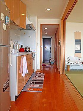 中古マンション-伊東市八幡野 〔キッチン〕冷蔵庫置場も確保されています。