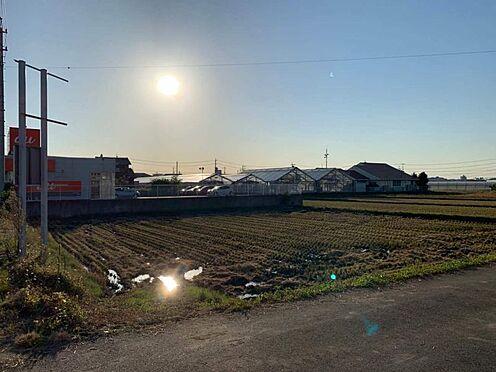 土地-みよし市三好町井ノ花 南側は畑のため遮る建物がなく、爽やかな気分でお過ごしいただけます♪