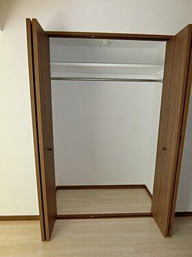 中古マンション-福岡市中央区谷2丁目 各居室に収納スペースがありますよ♪
