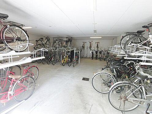 マンション(建物一部)-大阪市淀川区十三本町1丁目 収容台数が多く広い駐輪スペースもあります