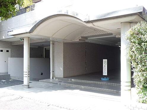 マンション(建物一部)-新宿区箪笥町 エントランスアプローチです。