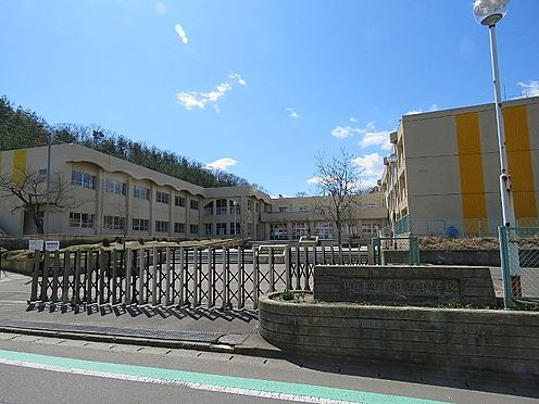 新築一戸建て-仙台市泉区南中山3丁目 仙台市立南中山小学校 約500m