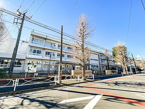 区分マンション-浦安市北栄3丁目 人気がある北部小学校まで徒歩1分。