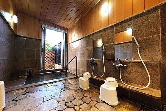 リゾートマンション-熱海市清水町 家族風呂:2つある家族風呂の様子です。ご予約制ですのでご利用の際はお早めにご予約をお願いします。