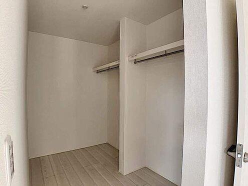 戸建賃貸-名古屋市千種区香流橋1丁目 主寝室には大容量のウォークインクローゼット!