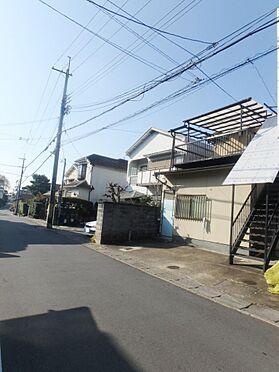 アパート-京都市伏見区深草大亀谷西寺町 物件外観と前面道路