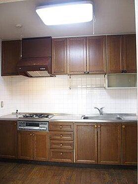 中古マンション-八王子市別所2丁目 キッチンもきれいにお使いになっております