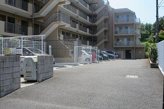 中古マンション-八王子市上柚木2丁目 駐車場(敷地内)