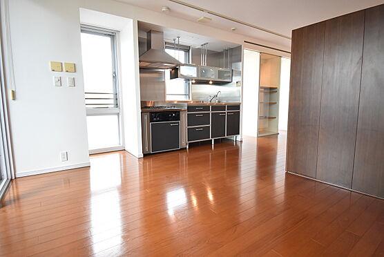 中古マンション-渋谷区神宮前2丁目 約18.7帖の洋室