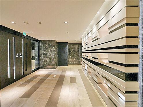マンション(建物一部)-大阪市西区江戸堀3丁目 モノトーンでオシャレなエントランス