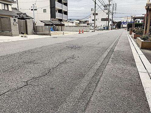 区分マンション-半田市西新町 前面道路