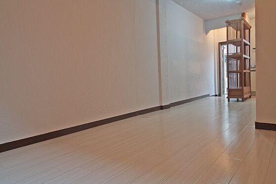 マンション(建物一部)-日野市大字日野 1階は14.0帖のLDKとなります。とても綺麗な物件ですので是非御覧ください。よろしくお願いいたします。