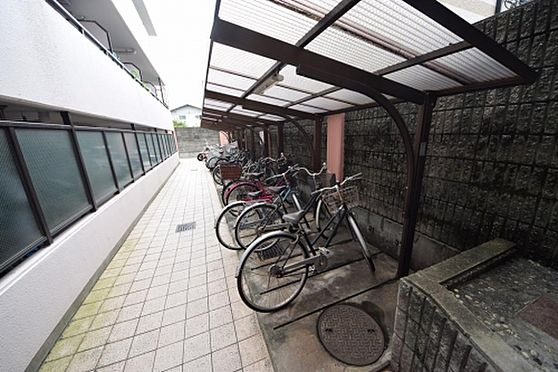 マンション(建物一部)-大阪市淀川区野中南1丁目 駐輪場もあるので、駅への移動が楽々です。