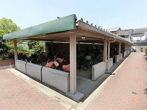 マンション(建物一部)-大阪市城東区東中浜2丁目 屋根付きの駐輪スペースあり