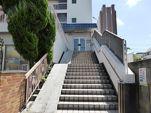 マンション(建物一部)-世田谷区太子堂4丁目 エントランスへのアプローチ
